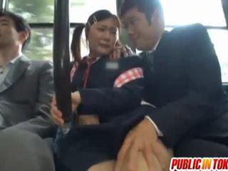 מצונזר יפני אוטובוס trio