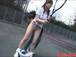 Jepang av model tastes dia sendiri alat kemaluan wanita