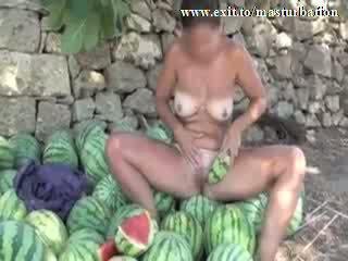Openlucht melon masturbation nudist giselda video-