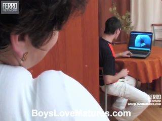 Смесвам на видеоклипове от boys любов отлежава