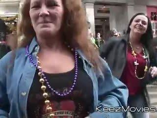 knipperende, grootmoeder, kindje