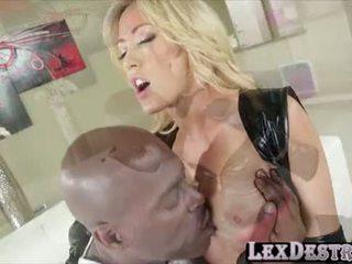 Blondie big süýji emjekler capri cavanni gets destroyed by lexington steele