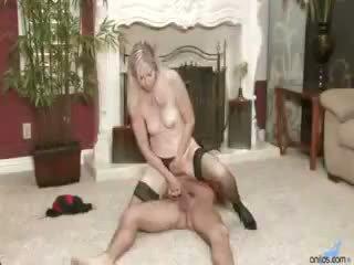 Sex Hungry Milf Annabelle Brady