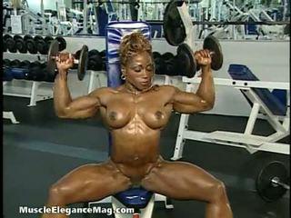 brunete, solo girl, muskuļains
