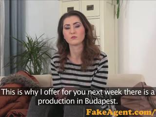 Fakeagent verlegen innocent brunette geneukt hard in casting interview