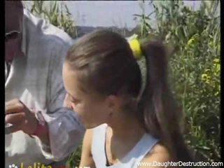 बेटी मुंह destruction