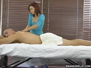Brandi belle gives ett sensuous anusen hole wank jobb bäst vid att punkt