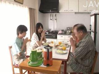 japonés, mamada, bebé