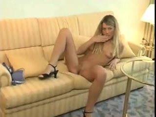 Suzanne griba spēlēt par jums