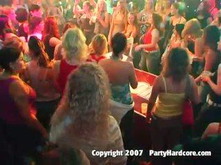 Hot klub rumaja girls kurang ajar at banteng night bayan katelu