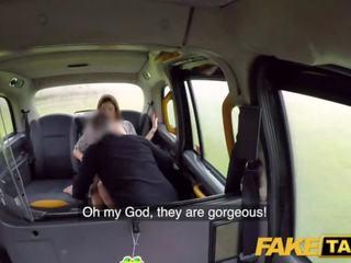 Fake taxi driver fucks abandoned girlfriends nauw poesje en magic mond