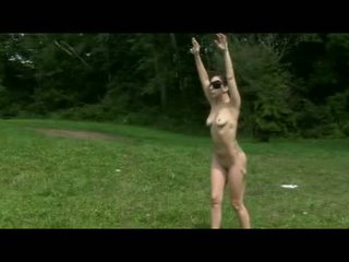 Lady Gaga Showing Her Fully Naked Body