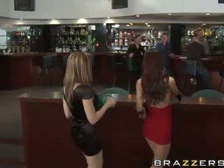 novo lésbica online, karlie montana ideal, ideal paris kennedy