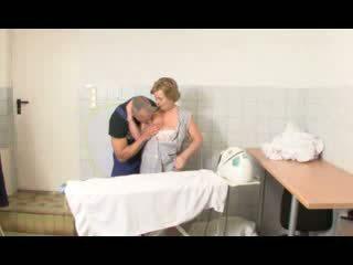 뿔의 독일의 할머니 pounded 비디오