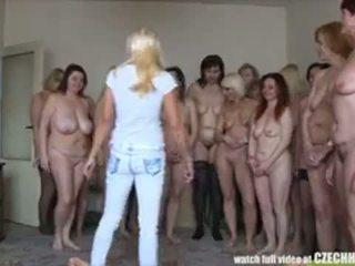 स्तन, वेश्या, कुदाल