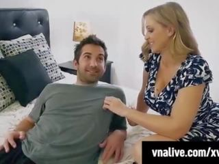 Step mother julia ann jizzed on by step son - vnalive.com!