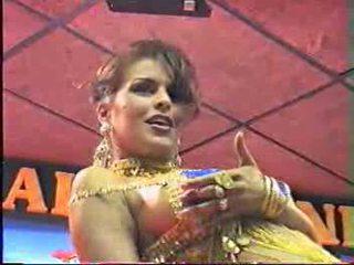 Arab seksualu pilvas dance getting nuogas video