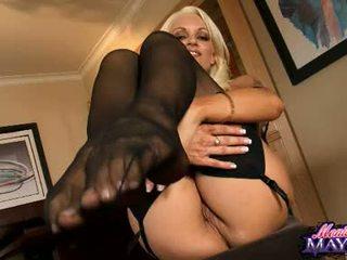 Monica mayhem acquires her hands busy working on her trickling hot burungpun