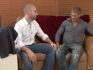 Fattura tries suo 1st homosexual trio