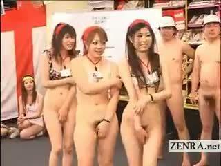 réalité, sexe de groupe, uniforme