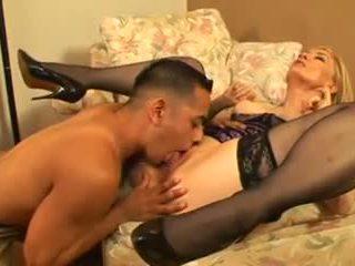 Nina hartley menyecske útmutató hogy squirting, porn a3