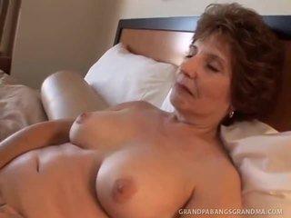Elder nagymama amy lynn wishes hatalmas dong