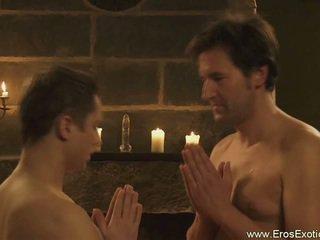 Tantra के लिए male lovers