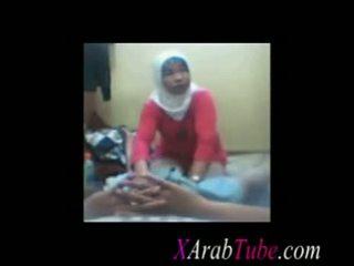 Hijab vták masáž
