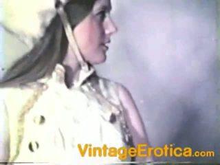 Vintage Lesbo Performance Around Girls Inside Band
