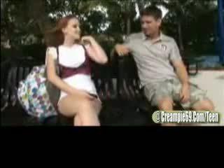 Tóc đỏ thiếu niên đĩ gets mang thai