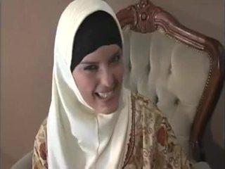 Arab muslim z ładny cycki gets fucked doggy styl
