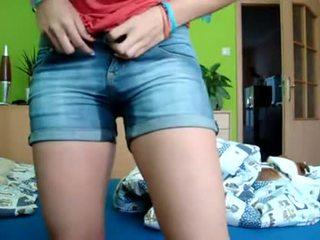 Adoleshent pee & bates