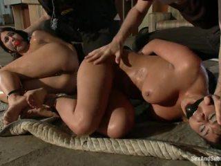 Tasuta pics kohta cops koos nende cocks välja