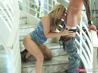 Alexis texas stairway upang heaven