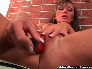 41 year old soccer mom with big tits f...