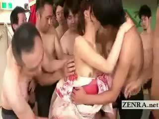 Kimono clad japānieši av zvaigzne commences galīgs gangbang