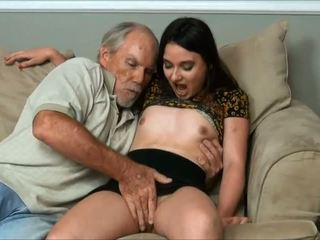 Amy faye - ik did een zeer oud man en daddy bijna betrapt ons