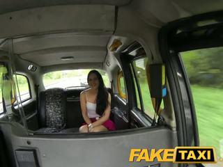 Faketaxi csintalan liverpool lány gets trágár