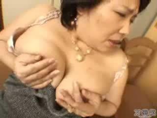 Japanese Mature Mommy Masturbating Video