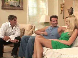 Blondynka swinger żona enthusiastic cheater