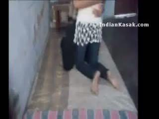 Indian delhi colegiu lovers enjoying în lor cameră