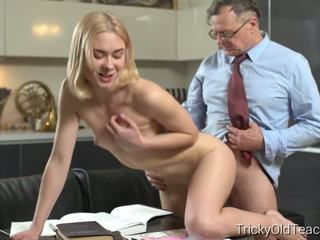 blondjes, oude + young, hd porn