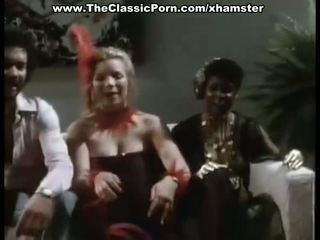 Seks tiga orang apaan film untuk ketinggalan zaman wanita