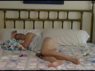 Dojrzała para bedtime pieprzenie wideo