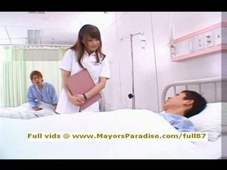 Akiho yoshizawa van idol69 ondeugend aziatisch verpleegster likes naar doen pijpen