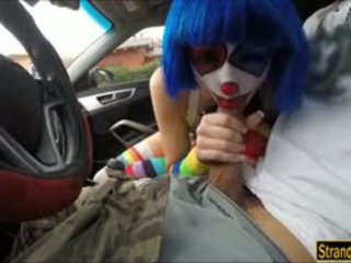 Frown 小丑 mikayla 自由 附带 上 口 从 stranger dude