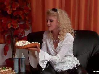 Ēdiens fetišs jautrība