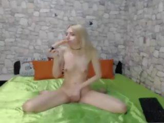 Stupid dun camslut sloppy kokhalzen pijpen: gratis porno c8