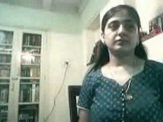 Terhes indiai pár baszás tovább webkamera - kurb