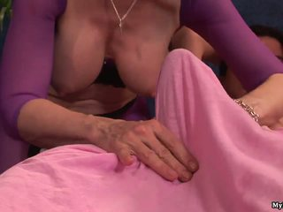 Nina hartley has been working mert a malibu massa
